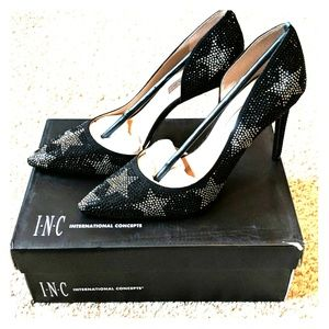 NIB international concepts star studded pumps new!